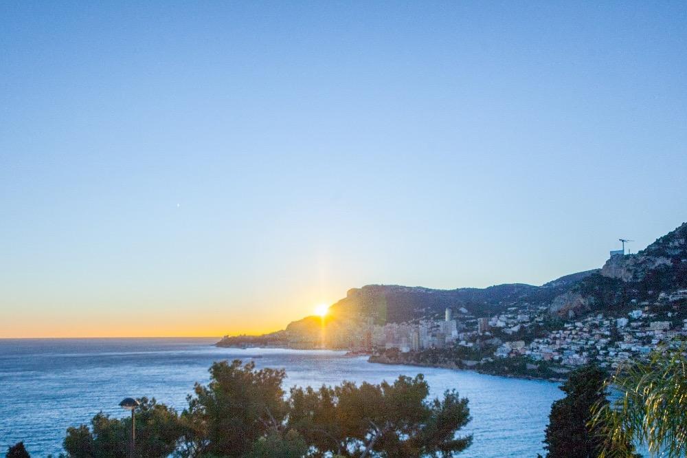 2 pièces vue Mer et Monaco