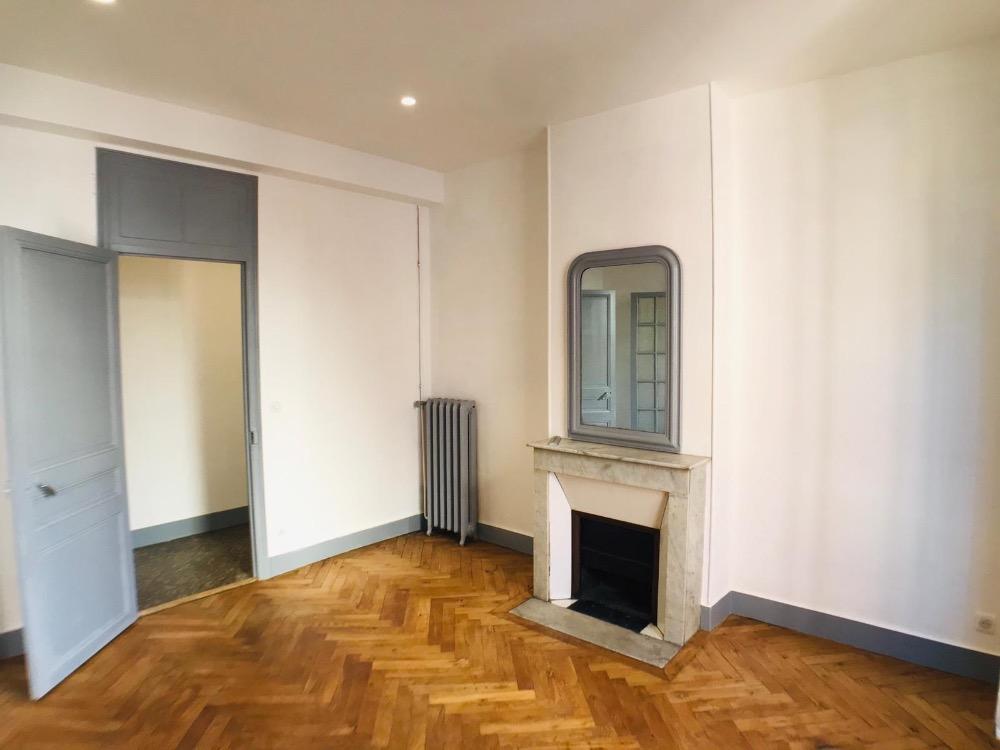 Bel appartement de 84 m² - Centre Ville